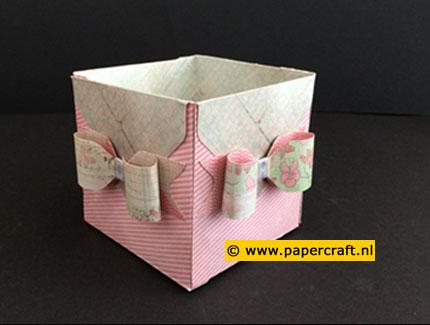 Enveloppen gebruiken voor het maken van een open doosje